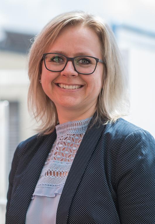 Anna Krutsch, Hausverwaltung